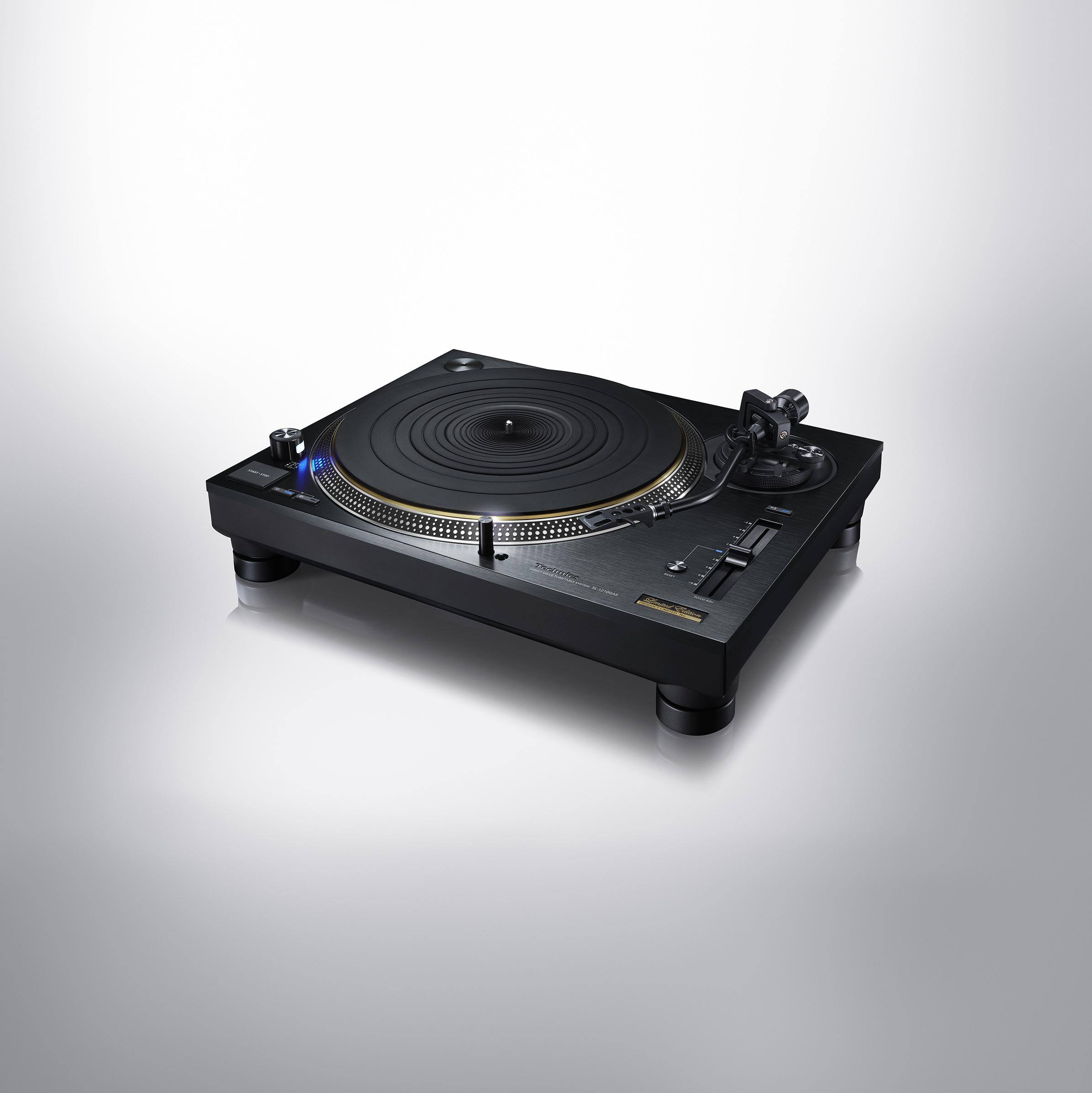 Technics SL-1210GAE Limited Edition Anniversary Turntable