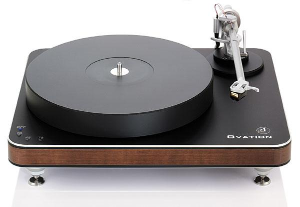 Clearaudio Ovation Turntable with Calrify Carbon Tonearm