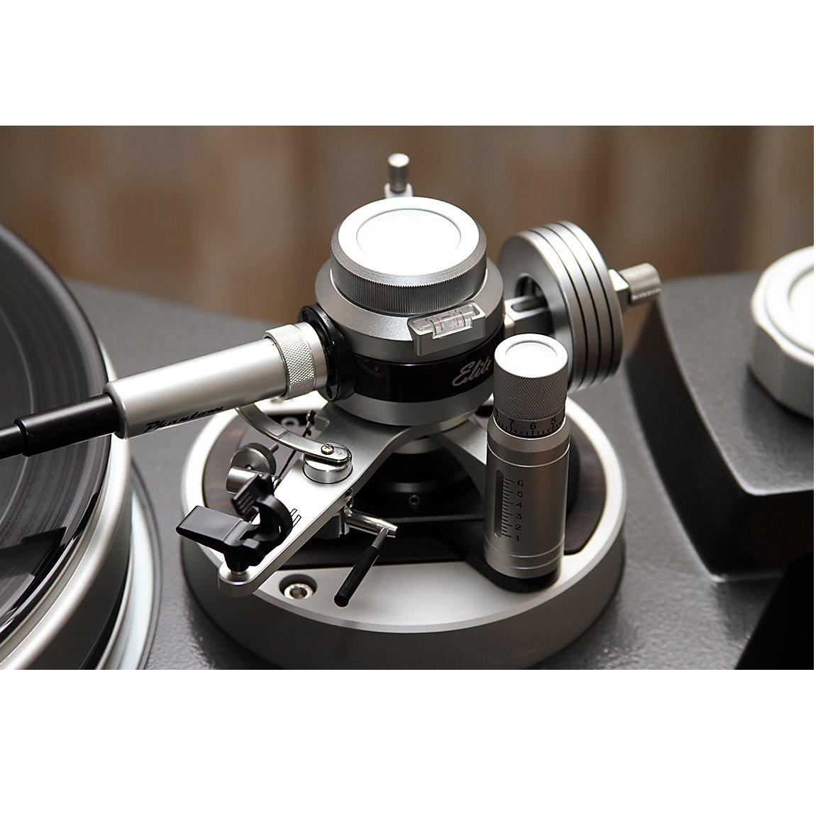 Graham Engineering Phantom Elite Tonearm