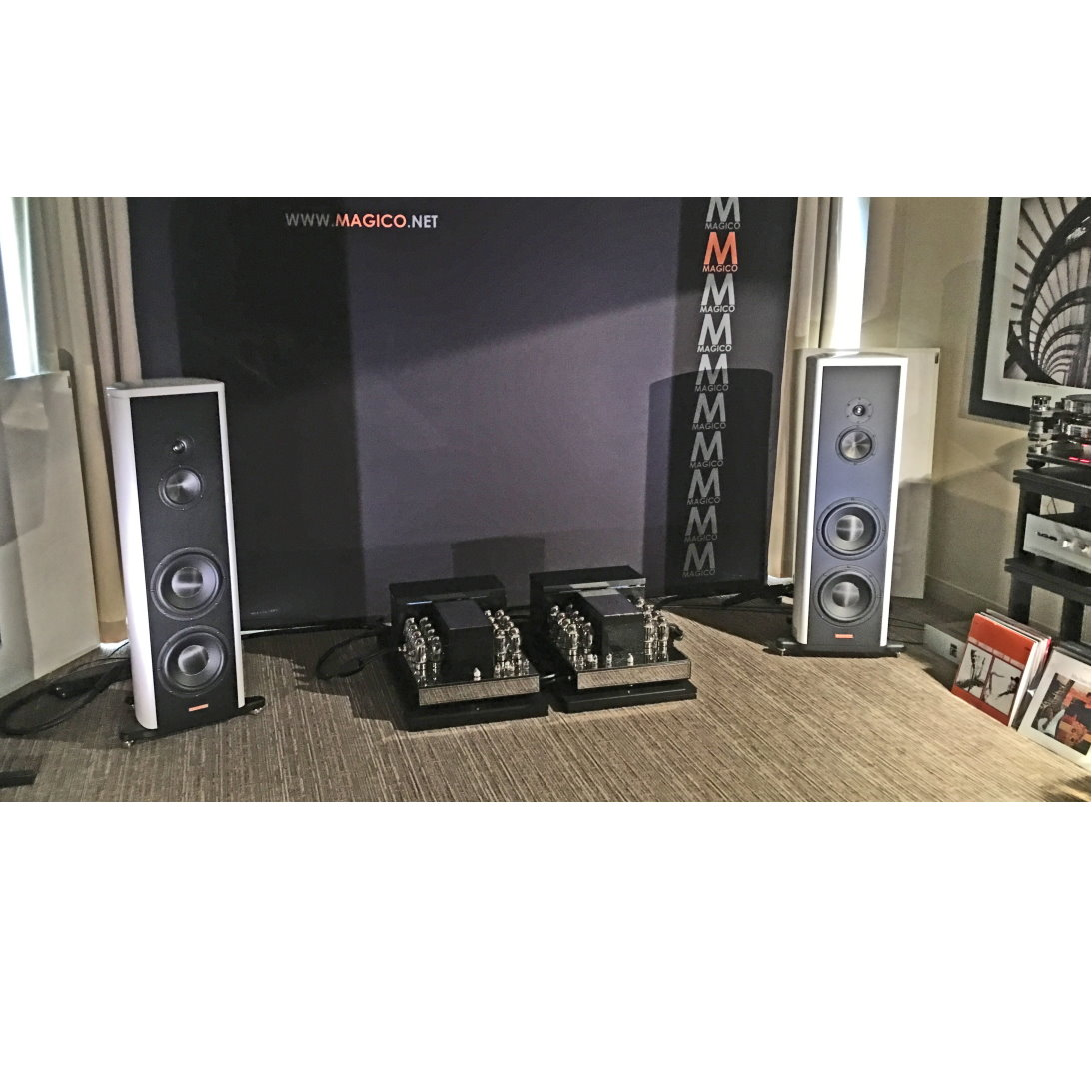 Convergent Audio Technology Jl 7 Black Path Edition Monoblock Tube Amplifiers