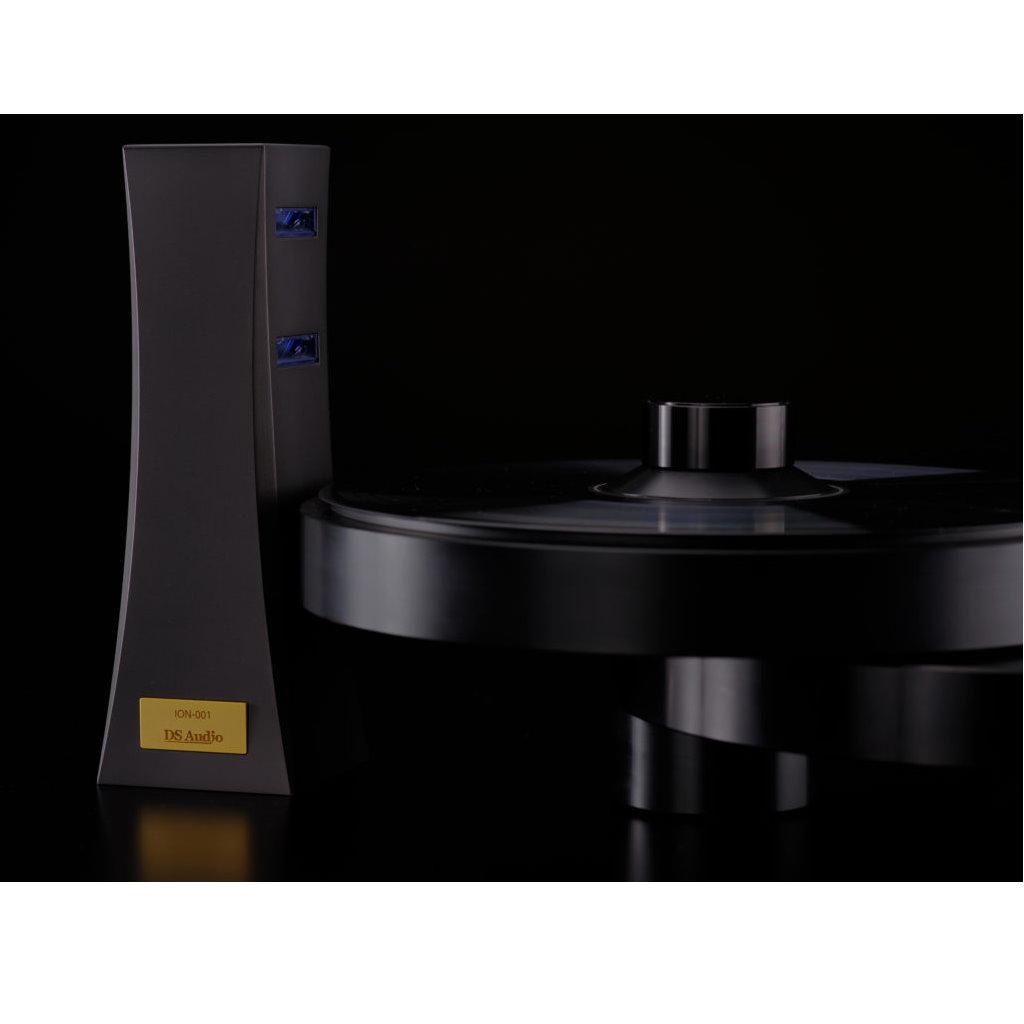 DS Audio ION-001 Vinyl Ionzer