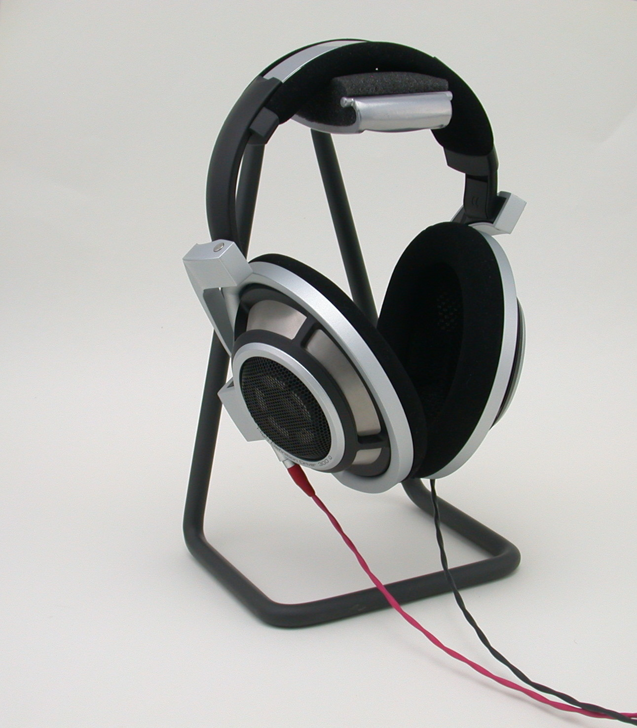 Headphone Stand Designs : A diy headphone stand for about galen carol audio